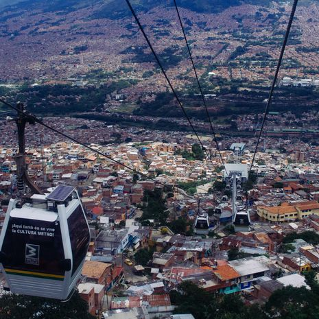 Travel picture of Medellin Metrocable line J