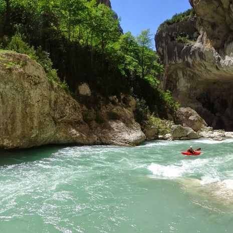 Travel picture of Canyon of Rio claro