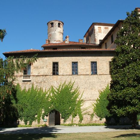 Travel picture of FAI - Castello della Manta
