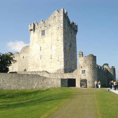 Travel picture of Ross Castle