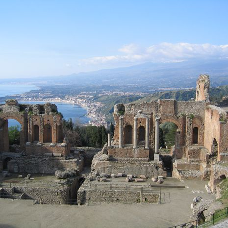 Travel picture of Ancient theatre of Taormina